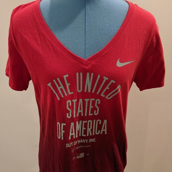 New Team USA Apparel Women's Olympic V-Neck Tee T-Shirt Extra Large XL Red